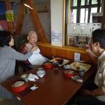息子さん、娘さんたちと長野名物赤そばを食べました