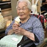 ラングドシャのコーンの濃厚ソフトクリームも美味しいわ♡