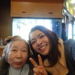 正子さんは仲良しスタッフとお寿司屋さんへ