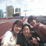 歩いて浅草時~スカイツリーへ.隅田川橋上で